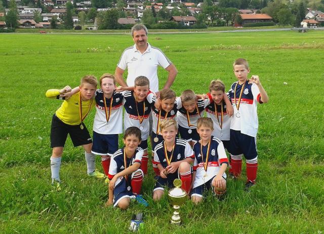 Fussball E Jugend Holt Sich Mini Champions League Asv